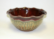 RAY POTTERY MEDIUM SCALLOPED SERVING BOWL