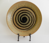 RAY POTTERY BLACK SPIRAL PATTERN LARGE ROUND PLATTER
