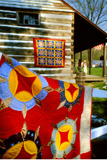 "KENNETH MURRAY PHOTOGRAPHY "" THE EXCHANGE PLACE, KINGSPORT, TN QUILTS "" 5.5"" X 8.5"""